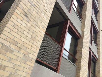 07 Fassade mit Metalldetails